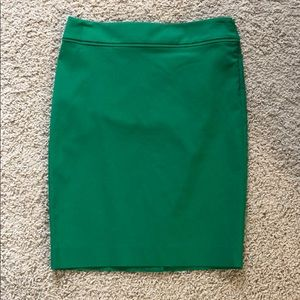 The Limited Exact Stretch Pencil Skirt Green